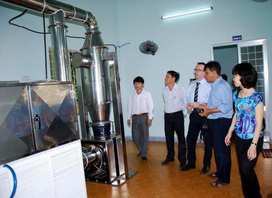 liquid coconut oil suppliers